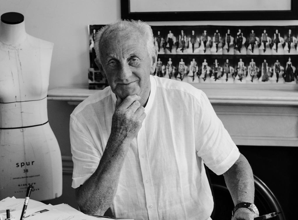 Paul Costelloe takes part in Incognito Art Auction